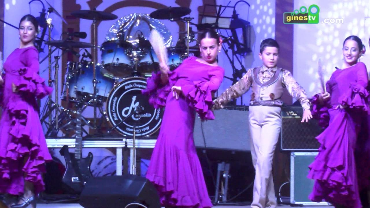 Actuación de la Escuela de Baile Sonia López en la Feria de Gines