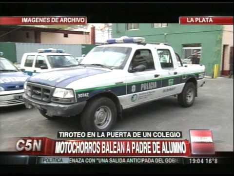 C5N - POLICIALES: TIROTEO EN LA PUERTA DE UN COLEGIO EN LA PLATA