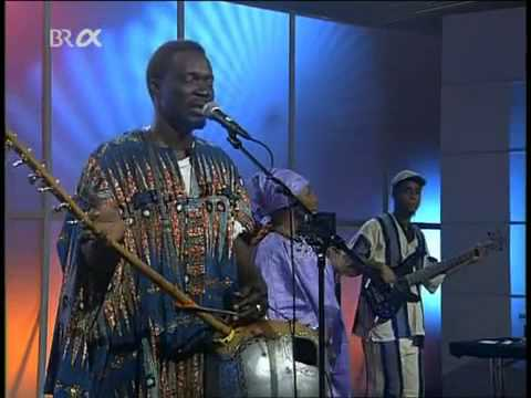 Issa Bagayogo - 'Tounga' and 'Gnangran' from Roots & Routes 2003 (Mali)