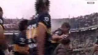 Boca - River Clausura 2010: Salida de los equipos (Partido Suspendido)