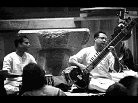 Pt  Nikhil Banerjee -Raga Kaushi Kanada Alap And Khamaj Gat, Tabla Pt Kishen Maharaj