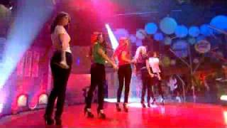 The Saturdays - Just Can't Get Enough (B...