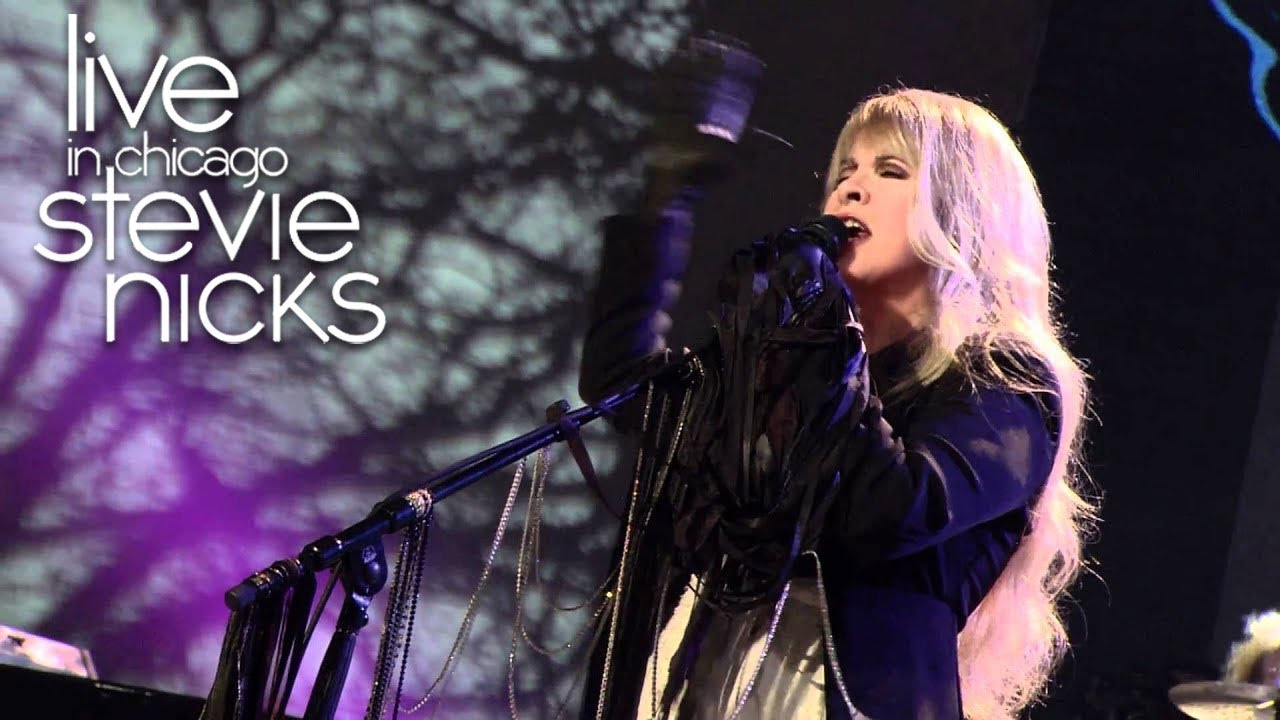 "Resultado de imagen de Stevie Nicks - ""Edge Of Seventeen"" [Live In Chicago]"