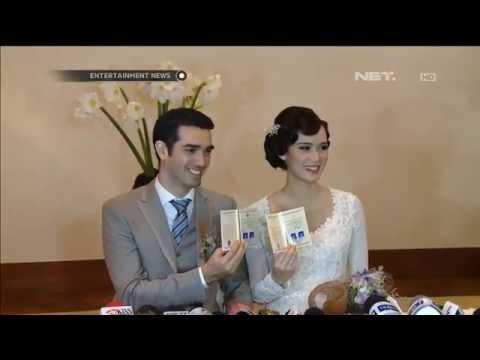 Fachri Albar dan Renata Kusmanto resmi menikah
