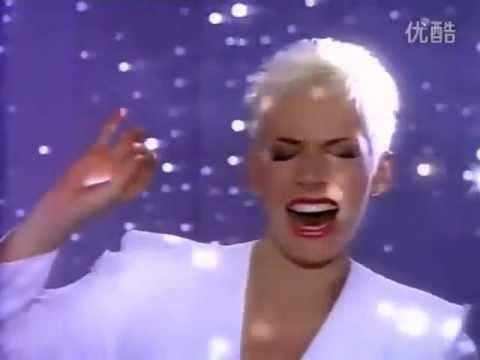 Annie Lennox & Al Green - Put A Little Love In Your Heart [HQ]