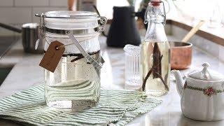 figcaption 홈메이드 바닐라 시럽 만들기 : How to make Homemade Vanilla Syrup [아내의 식탁]