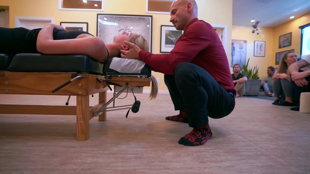 ASMR Chiropractic foot adjustment - YouTube