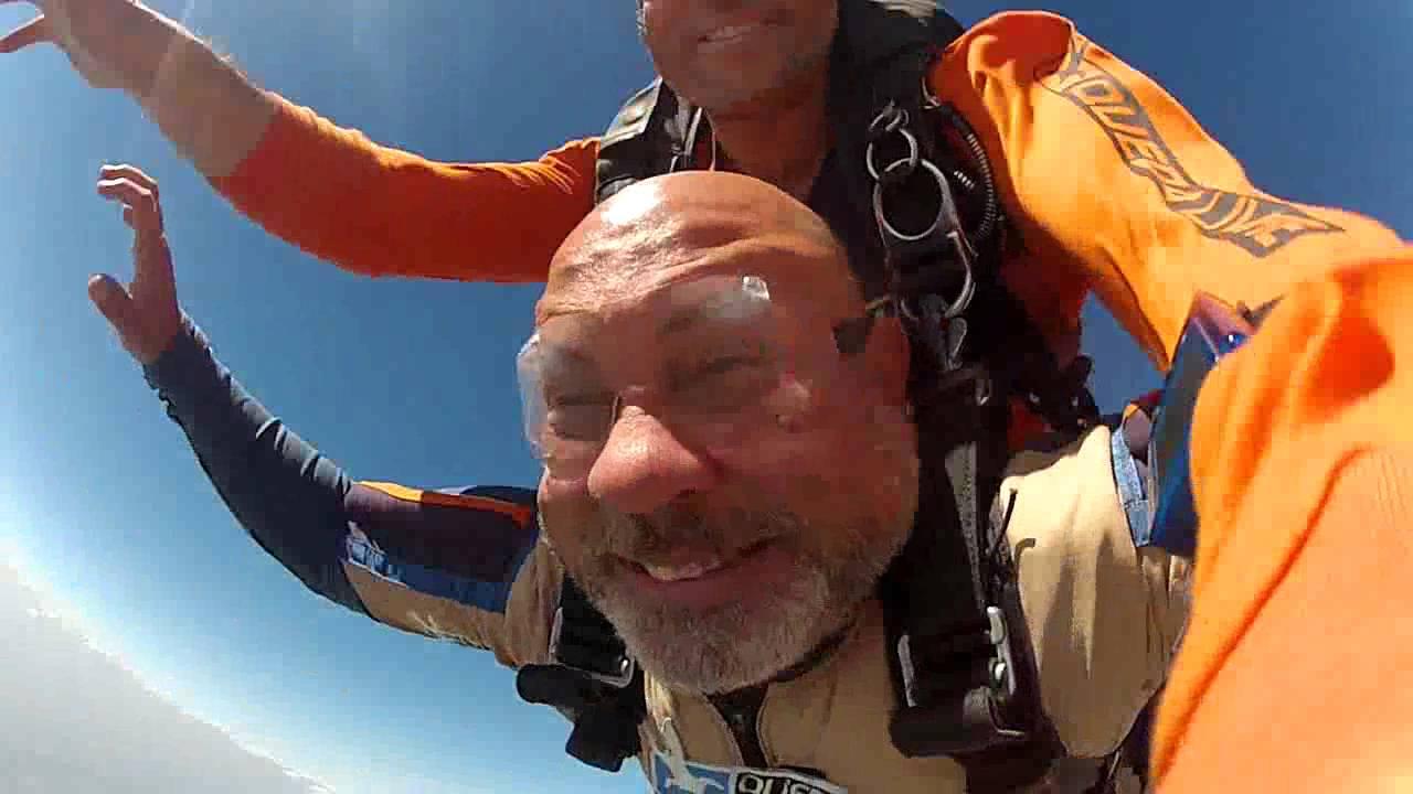 Salto de Paraqueda do Sergio C na Queda Livre Paraquedismo 31 07 2016
