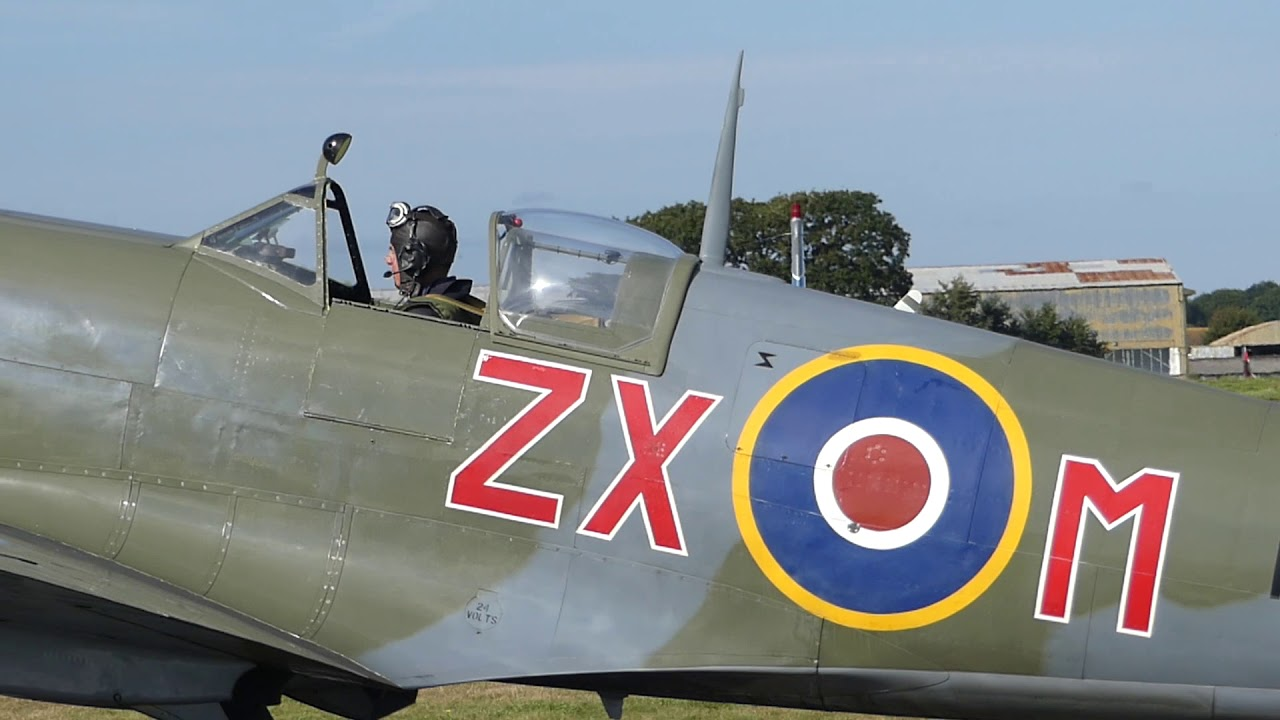 Spitfires at Daedalus Lee on Solent UK - Monday 24th September 2018