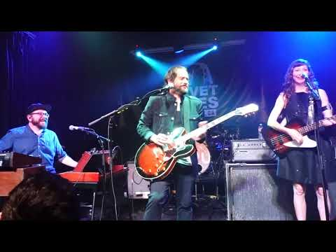 Free Download Silversun Pickups - Straw Man (live Debut) - Velvet Jones Santa Barbara Ca 6/2/19 Mp3 dan Mp4
