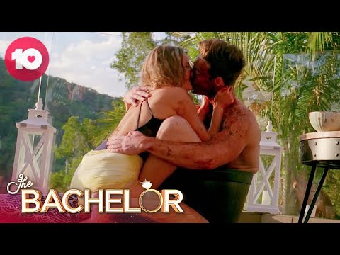 Matt And Kristen's Steamy Coffee Scrub Kiss | The Bachelor Australia