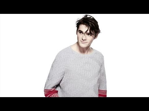 RJ Mitte on 'Breaking Bad' and Fashion Catwalks
