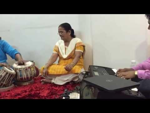Madhu magasi mazya sakhya- Mandar's Aai