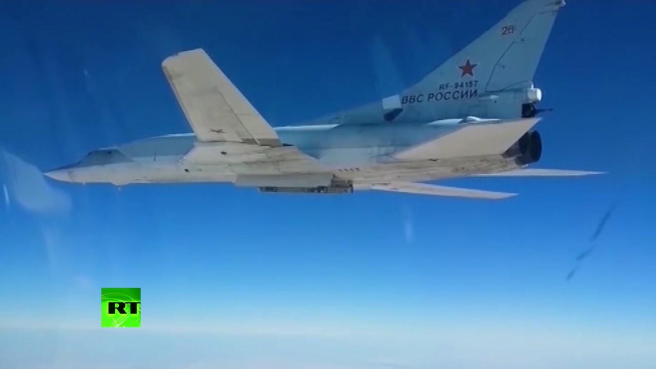 Российские бомбардировщики нанесли удар по ИГ в Сирии