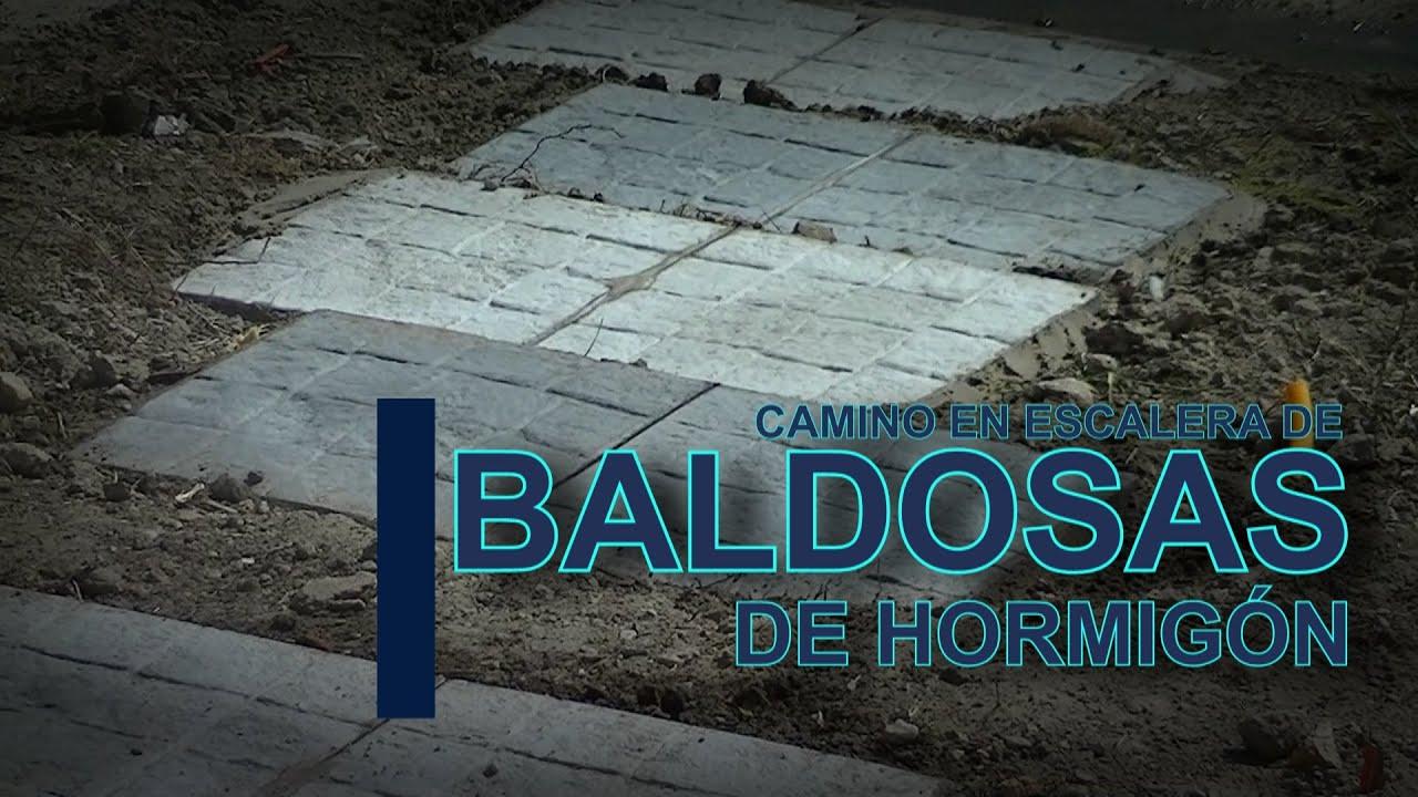 Haciendo camino de baldosas youtube - Como hacer un suelo de hormigon ...