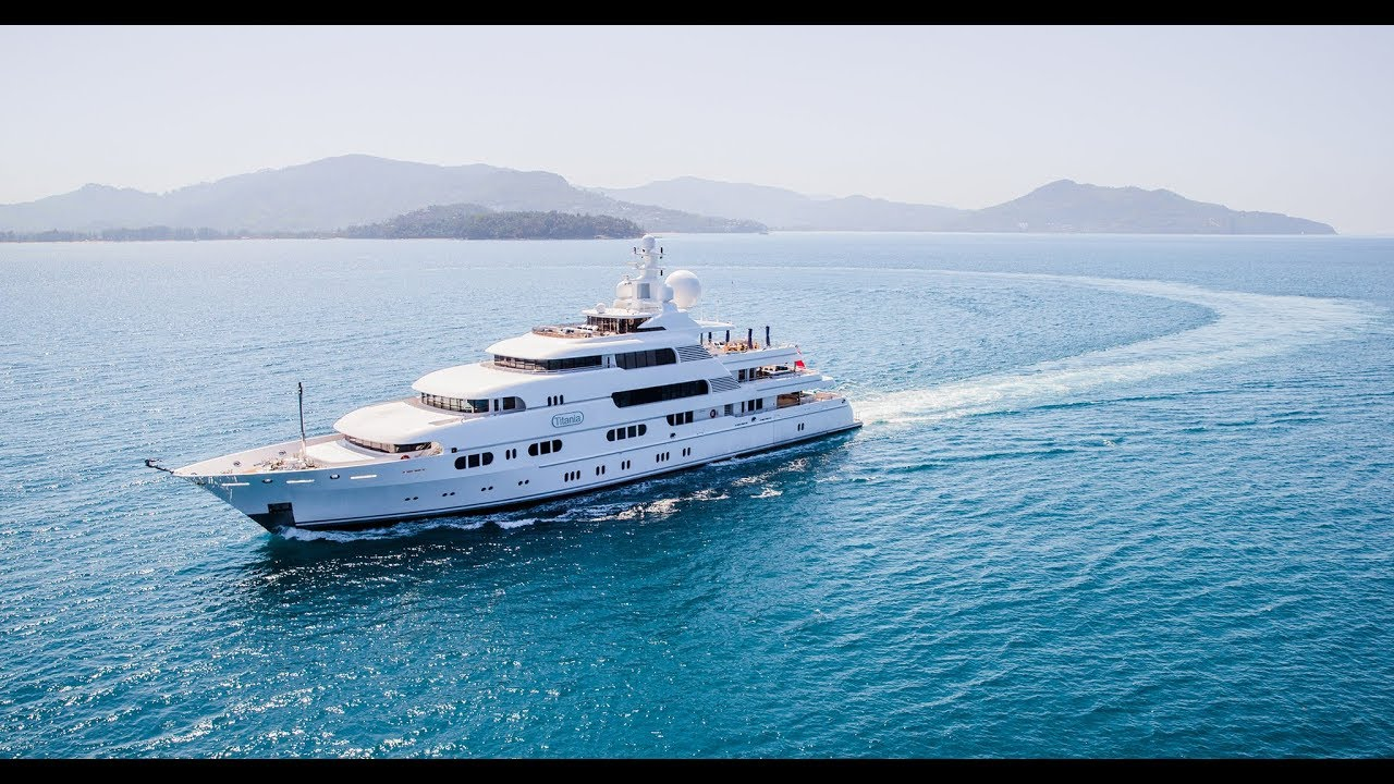 Burgess Boat Lagoon Yachting Asia S Premier Provider Of A Luxury
