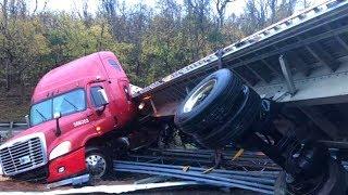 Gambar cover Amazing Dangerous Idiots Skills Excavator & Overload Trucks Machinery Working in China !
