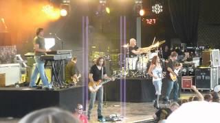 Gretchen Wilson - Rock Medley [Live - Clarkston, MI]