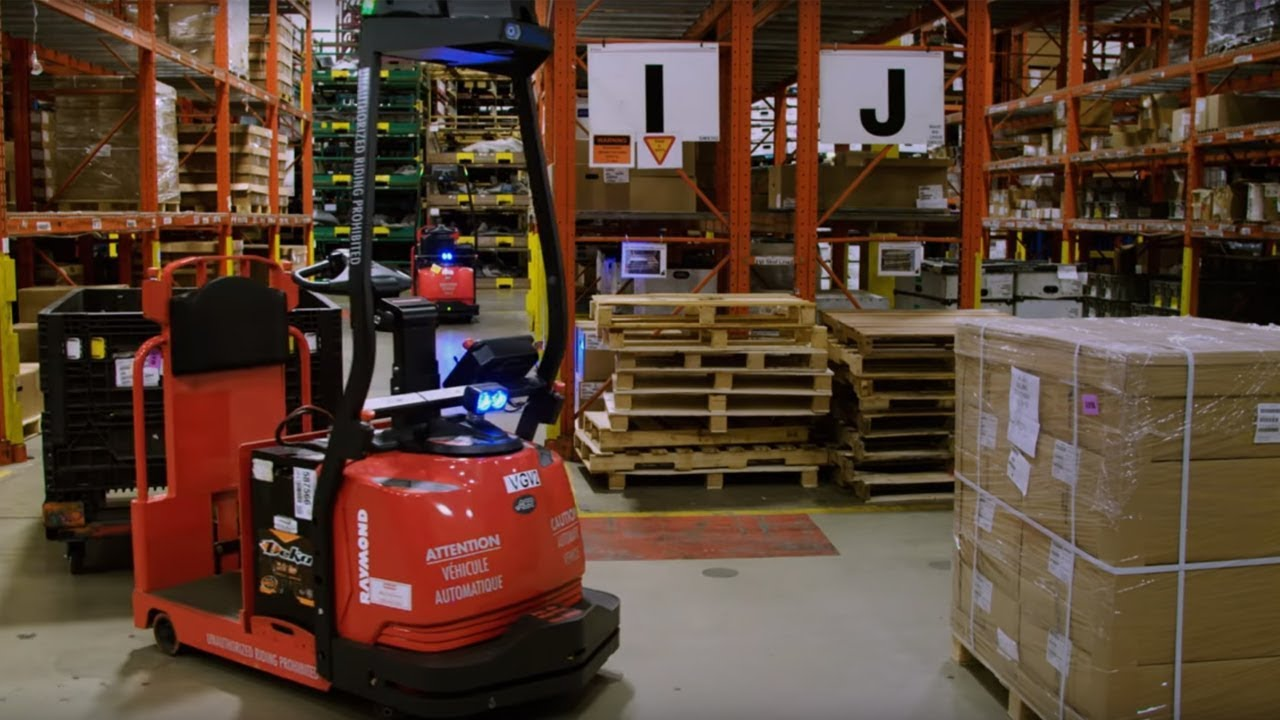 Automated Lift Trucks | Automated Guided Vehicle| Robotics & Automation