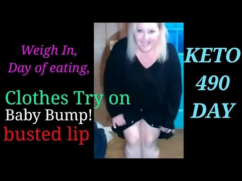 Keto Vlog, busted lip on camera, weight hike! clothes try on!