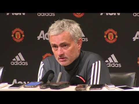 Mourinho 'not un-confident' of signing Sanchez