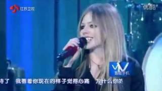 艾薇兒江蘇衛視2012跨年演唱會Girl friend高清版.flv