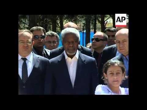 +4:3 Annan tours border camp, meets Syrian refugees