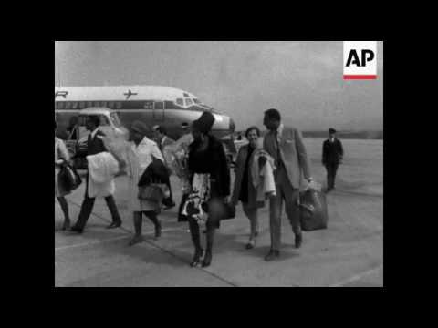 Miriam Makeba and husband, Stokely Carmichael, arrive in Algeria for concert