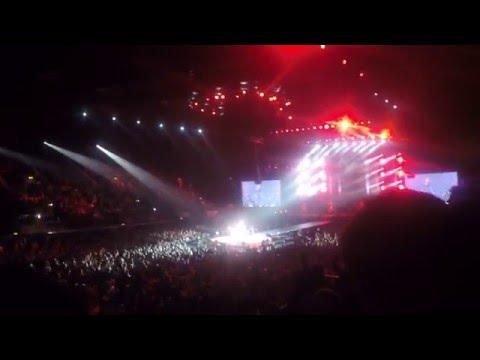 BABYMETAL- Road Of Resistance Live in Wembley 2016 HD [1080p]
