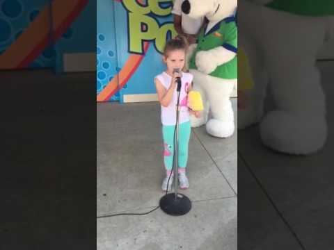 Lizzie cedar point karaoke 2017