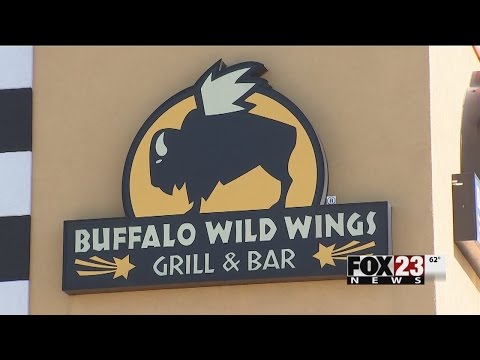 VIDEO: Tulsa Buffalo Wild Wings closes after health department finds they don't have hot water