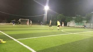 Xuân Trường đá bóng giao lưu SV ĐH CÔNG NGHIỆP TPHCM