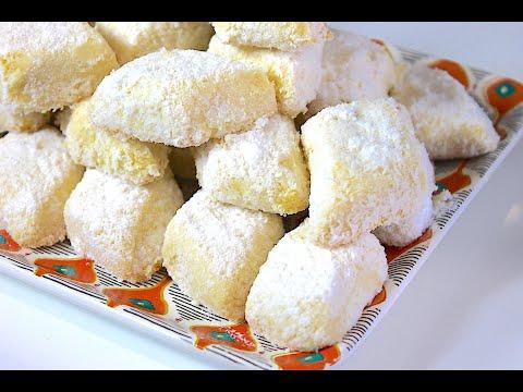 gateaux-fondants-À-la-noix-de-coco-recette-facile-et-rapide-pour-l'aid---avec-peu-d'ingrÉdients