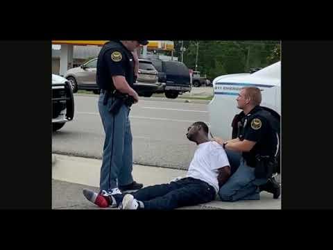 Hattiesburg, MS Cops Unconcerned About A Seizing BM