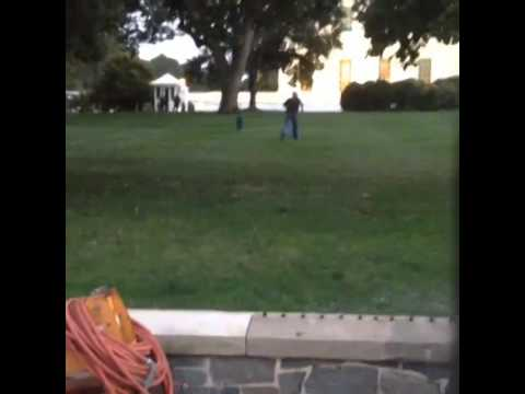 Omar J Gonzalez White House Intruder jumps fence