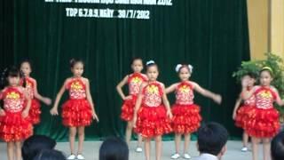 nhảy Floor Filler quá hay của các bé Kiến An - Hải Phòng 2012