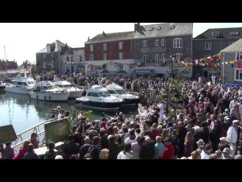 Padstow May Day 2013 filmed by The Cornwall Channel