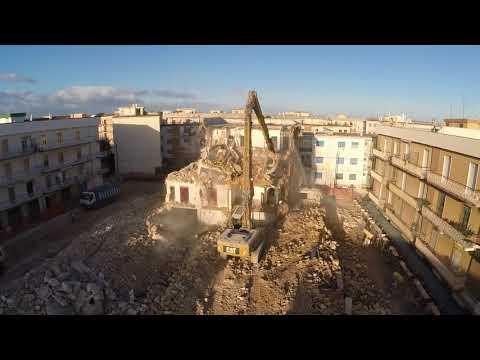 Colasanto Demolizioni - Demolizione palazzina Via Alemanni, Corato (Ba)