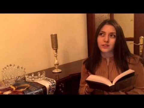 Изображение предпросмотра прочтения – МариамСогомонян читает произведение «Сонет № 130. Ее глаза на звезды не похожи…» У.Шекспира