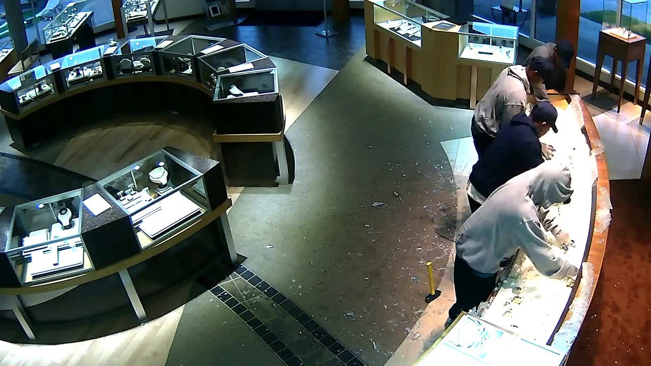 jewelry robberies surveillance captures gunderson s jewelry store 4844
