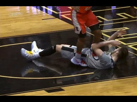 Alan Griffin EJECTED after intentionally stepping on Purdue Player