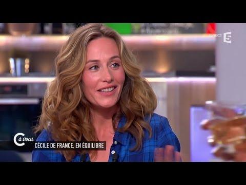 """Cécile de France """"la mode et la consommation ce n'est pas ma culture"""" - C à vous - 09/04/2015"""