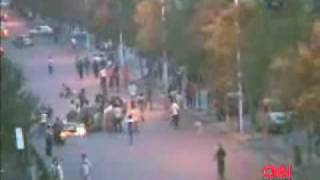 New video regarding chinese brutality in Urumqi on July 05 2009