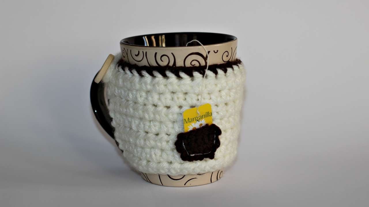 How To Create A Cup Cozy With A Tiny Pocket Diy Crafts Tutorial