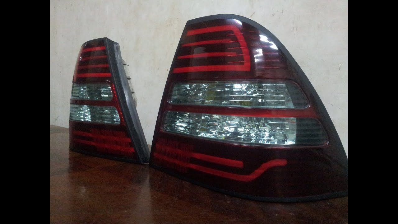toyota corolla 2004 tail lights youtube. Black Bedroom Furniture Sets. Home Design Ideas