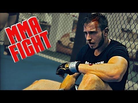 Johnny Valda VS Petr Holouš / příprava & MMA Fight - The CAGE #3
