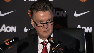 Louis van Gaal Pokes Fun At Manchester United Twitter Account