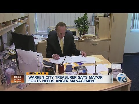 Warren City Treasurer says Mayor Fouts needs anger management
