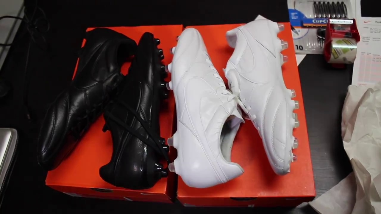 2b0b899395ce Nike Premier BlackOut! and WhiteOut! - Unboxing - YouTube