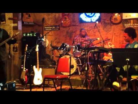 The Bill Perry Trio